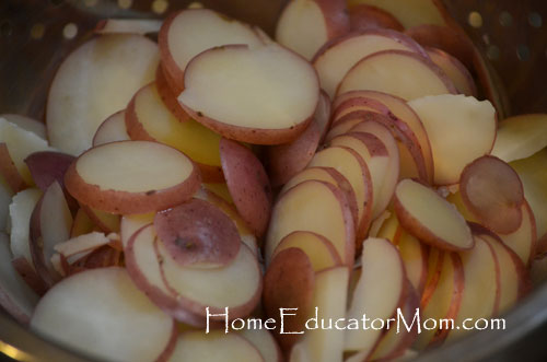 sliced-red-potatoes-for-zuppa soup